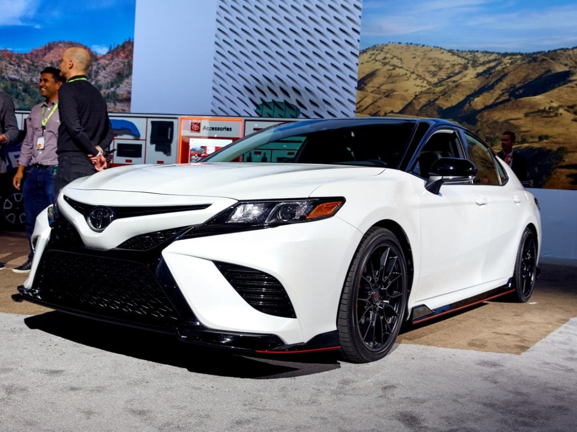 2020 Toyota Camry Specs and Review