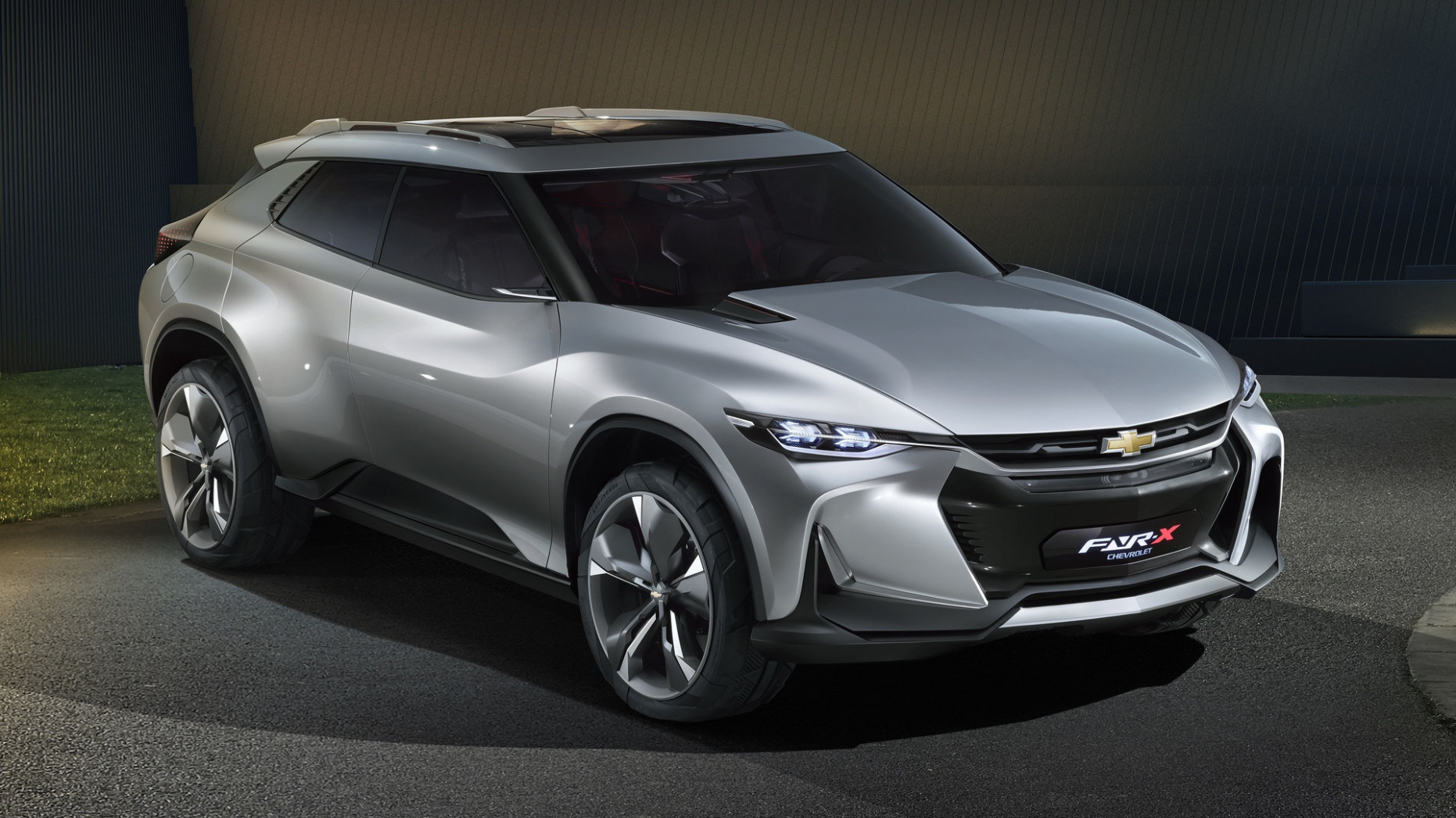122 GM Electric Crossovers | Motor12