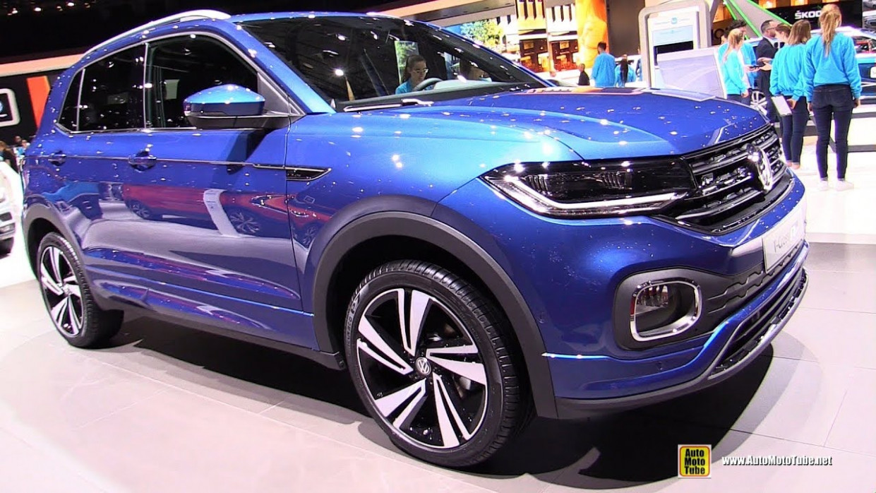 6 Volkswagen T-Cross R-Line - Exterior and Interior Walkaround - 6  Geneva Motor Show