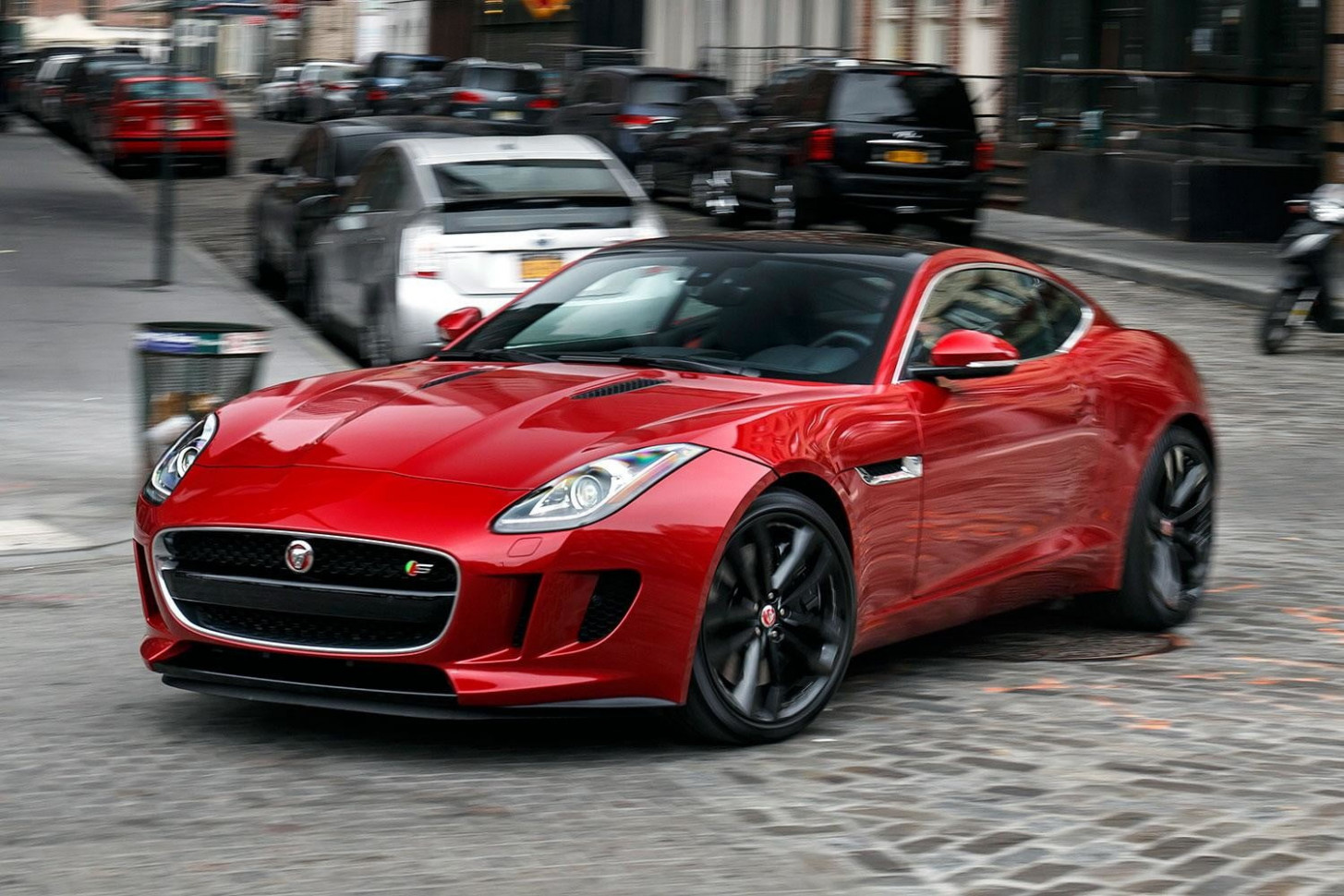 8 Jaguar F-TYPE Manual First Drive Review | 2020 Jaguar F Type Manual