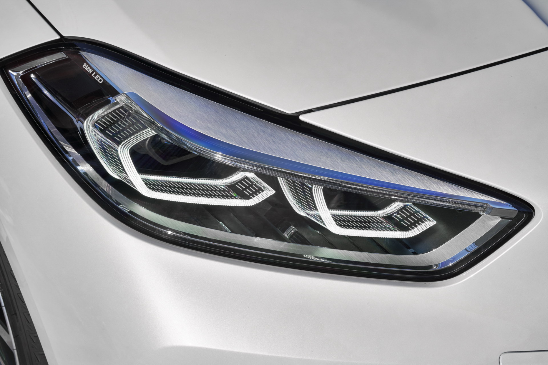 GUIDE: The Different BMW Headlights Technologies Explained | 2020 BMW Headlights