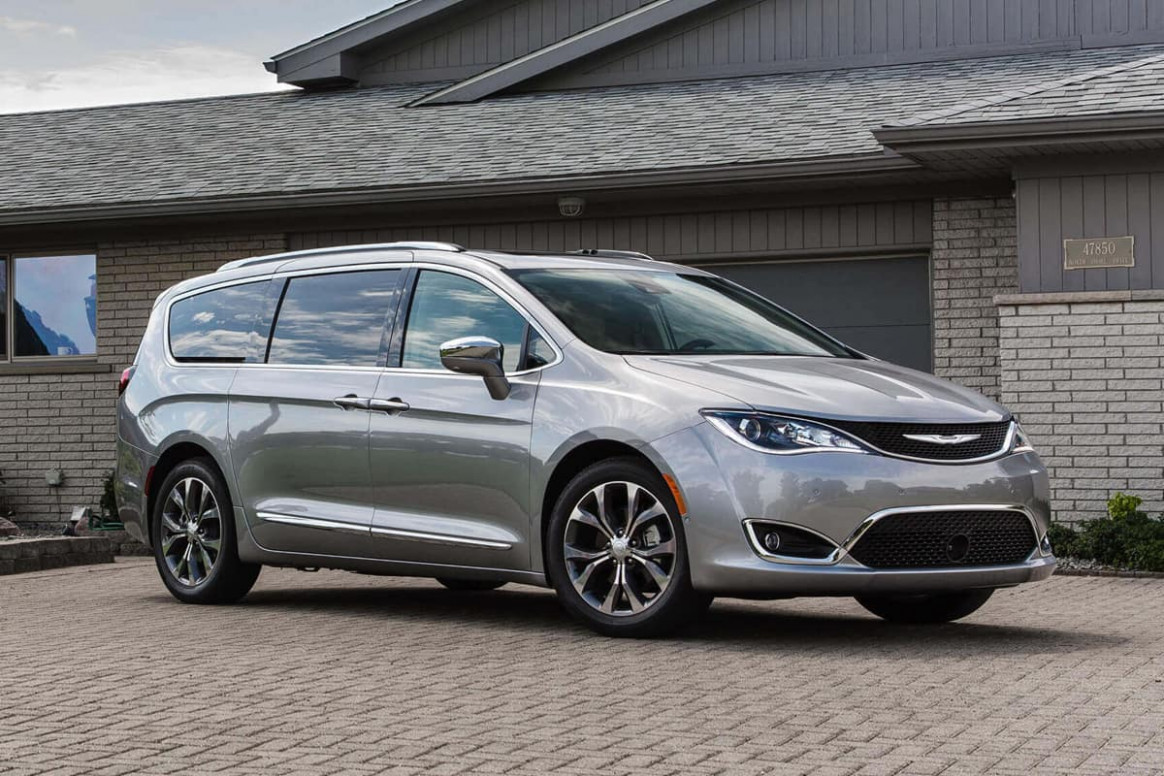 8 Chrysler Pacifica and Pacifica Hybrid Get Big Updates and ..