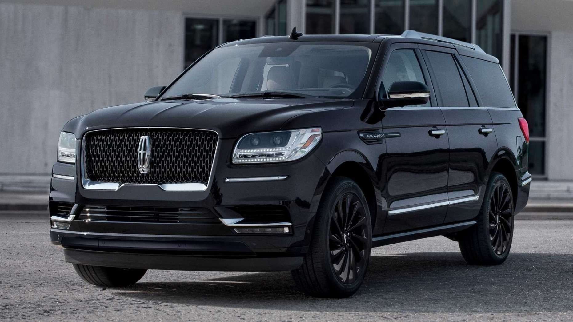 8 Lincoln Navigator Debuts With 8 Styling Packs, More Standard Tech | 2020 Lincoln Pickup