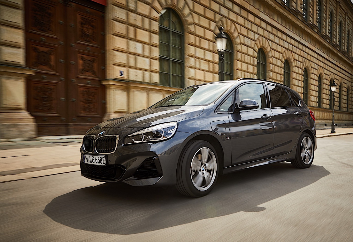 9 BMW 9xe Active Tourer Revealed with More Range and Less ..