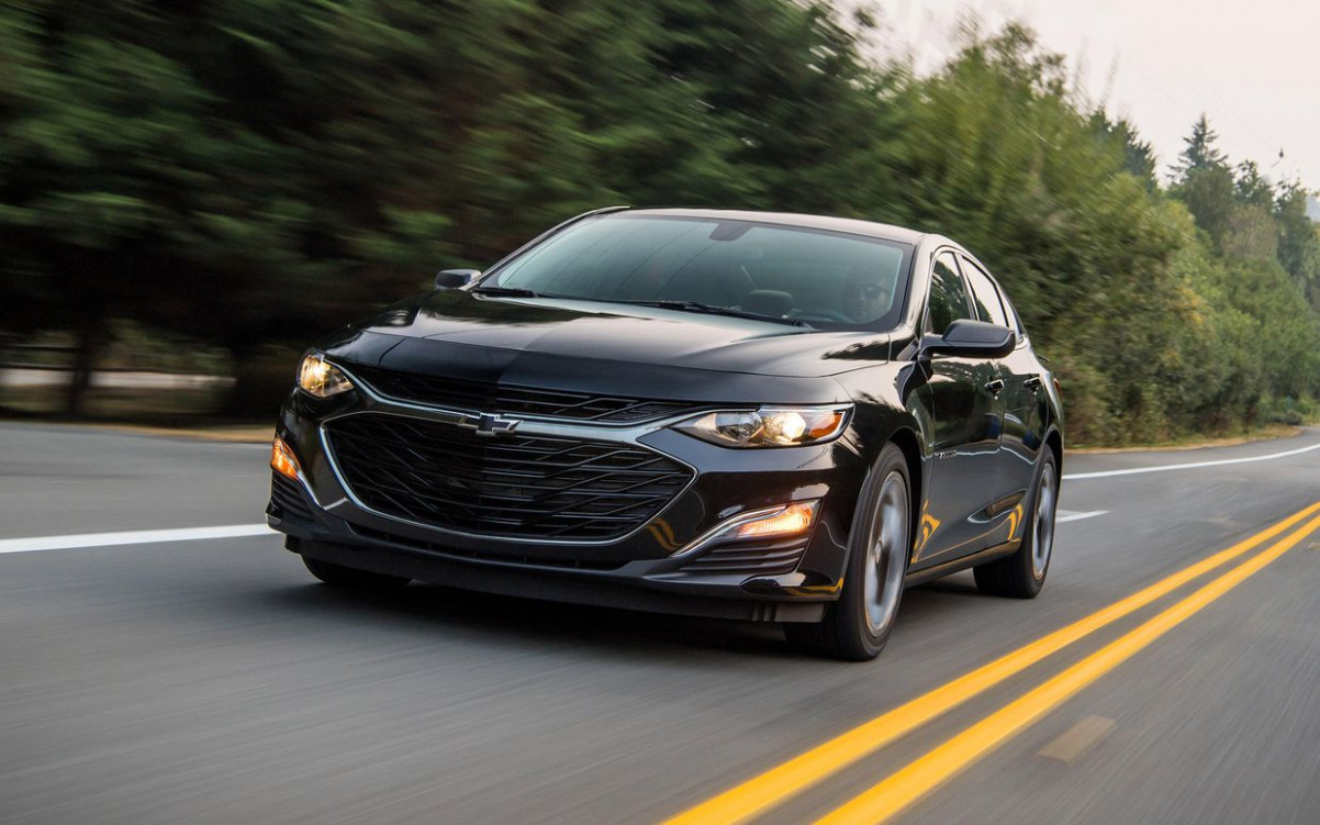 9 Chevrolet Malibu reviews, news, pictures, and video - Roadshow   2020 Chevrolet Malibu Limited Lt