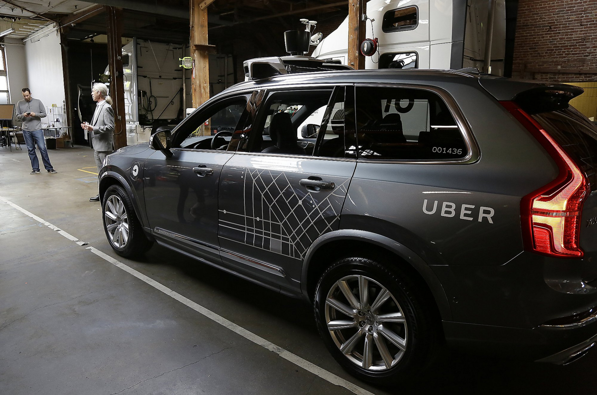 Bill would slap steep fines on self-driving cars without permits ..