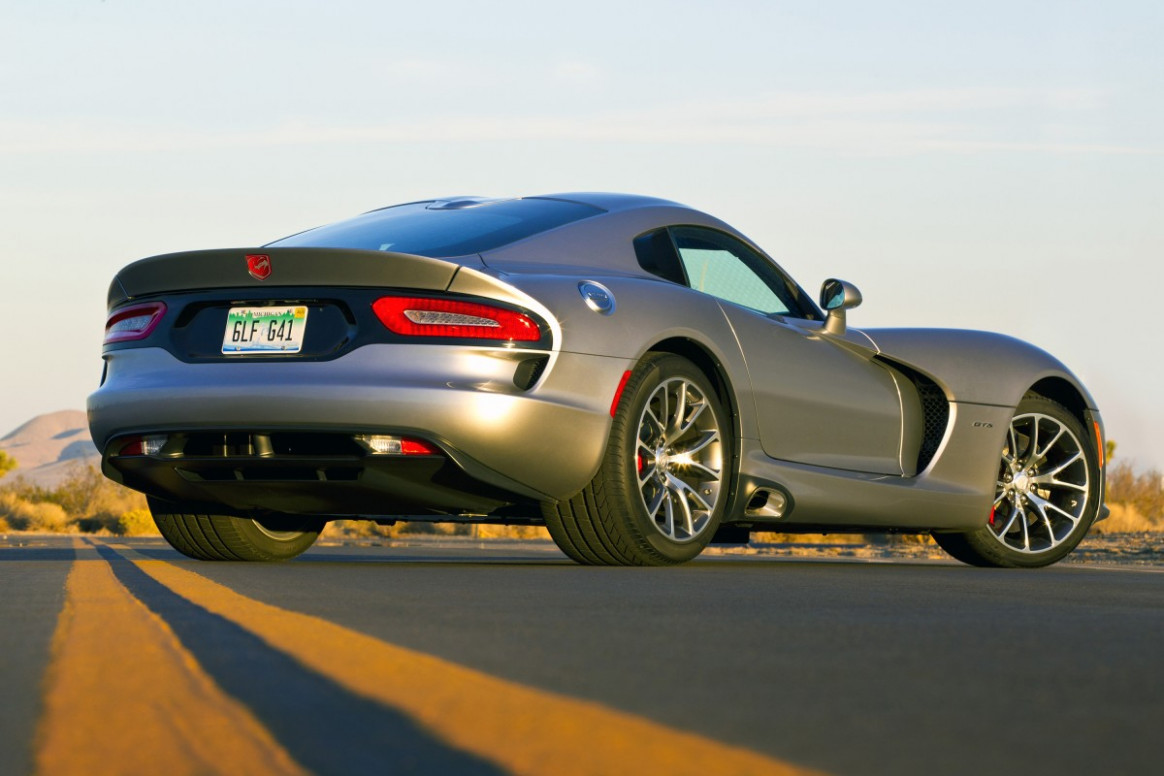 Dodge updates 12 Viper with more power and mid-level GT model   2020 Dodge Viper Mpg