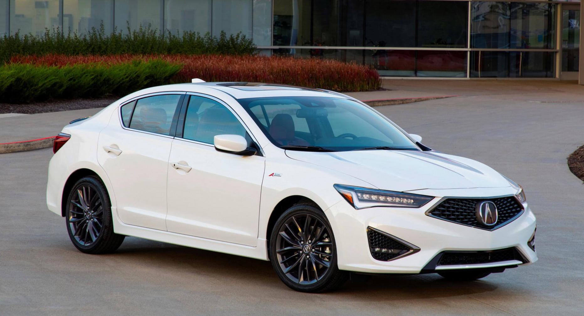 4 Acura ILX Hits Showrooms, Retains Last Year's $4,4 ...