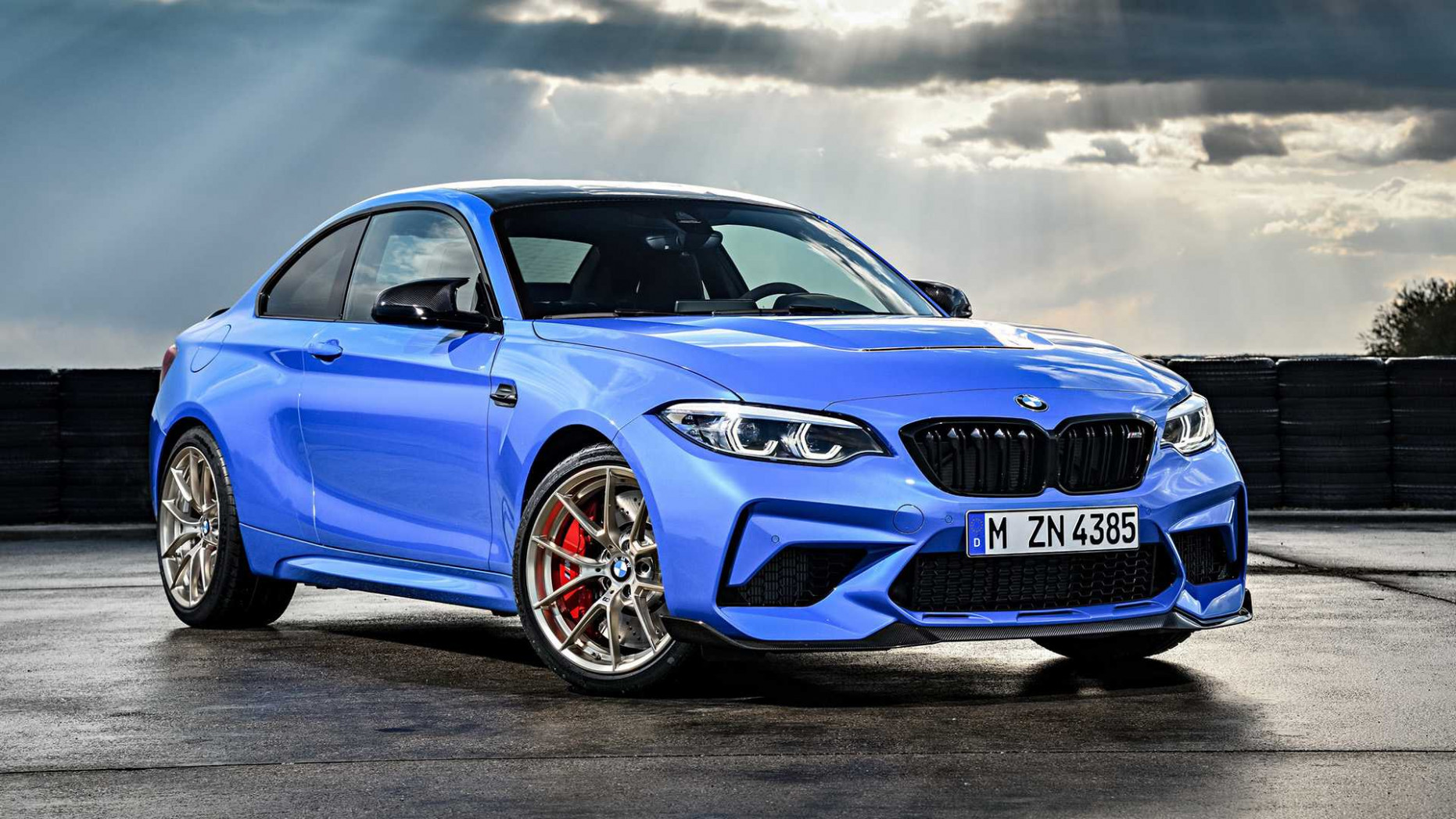 4 BMW M4 CS Debuts With More Power, Better Suspension, And A Manual   2020 BMW M2