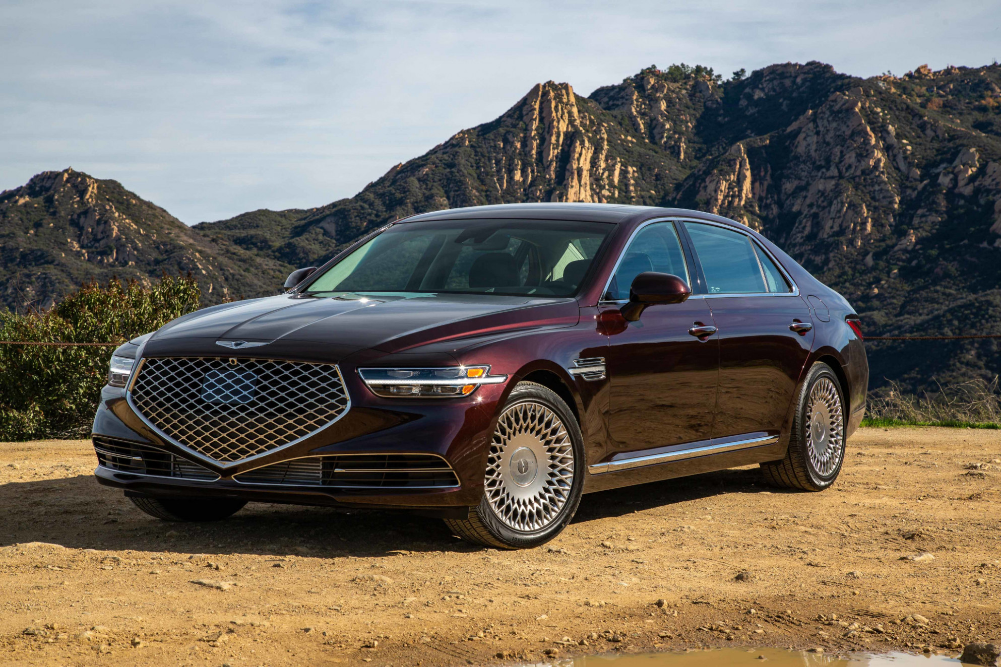 4 Genesis G4 Review: New Face, Same Space | News | Cars