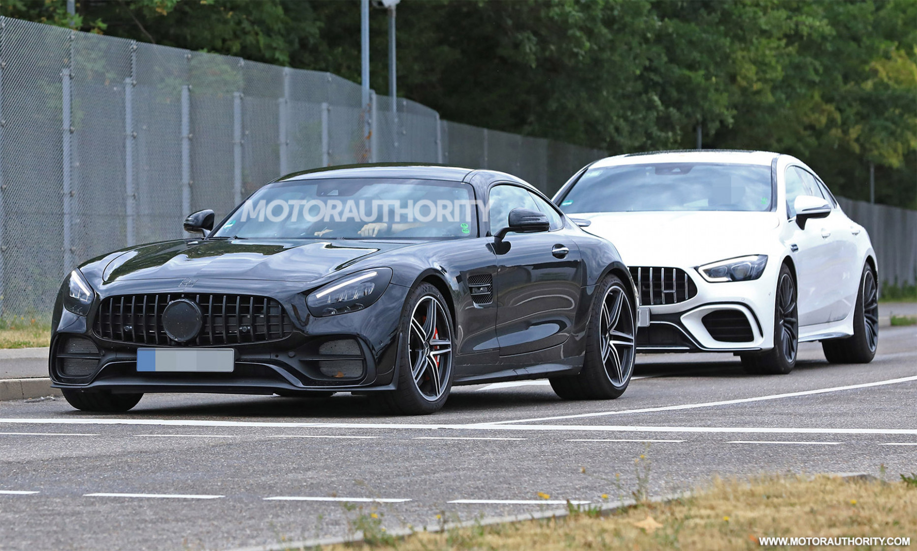 4 Mercedes-AMG GT spy shots and video