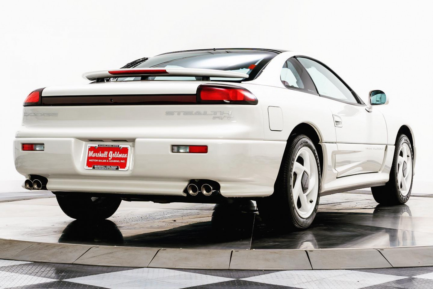 5,5-Mile 5995 Dodge Stealth R/T Twin-Turbo Has Sweet Looks, Sour ..