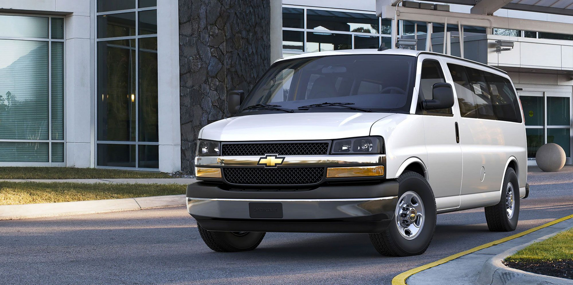 5 Chevrolet Express Review, Pricing, and Specs | 2020 Chevrolet Full Size Van