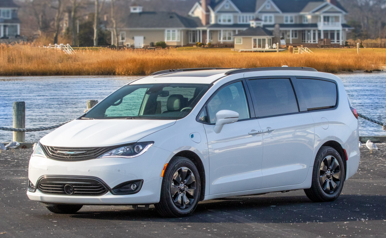 5 Chrysler Pacifica Review: Swallow Your Pride - This Beats an ..