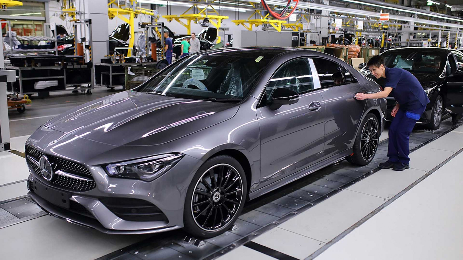 5 Mercedes-Benz CLA-Class production starts in Hungary   2020 Mercedes Benz Models