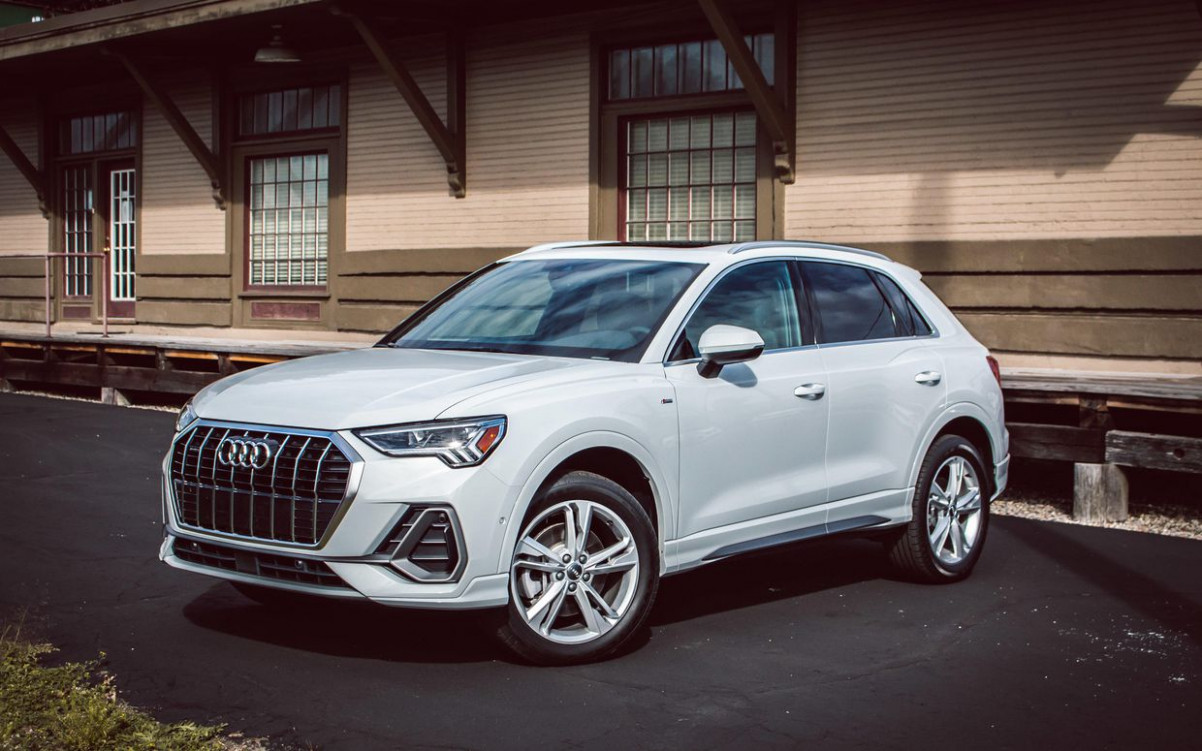 6 Audi Q6 reviews, news, pictures, and video - Roadshow   2020 Audi X3