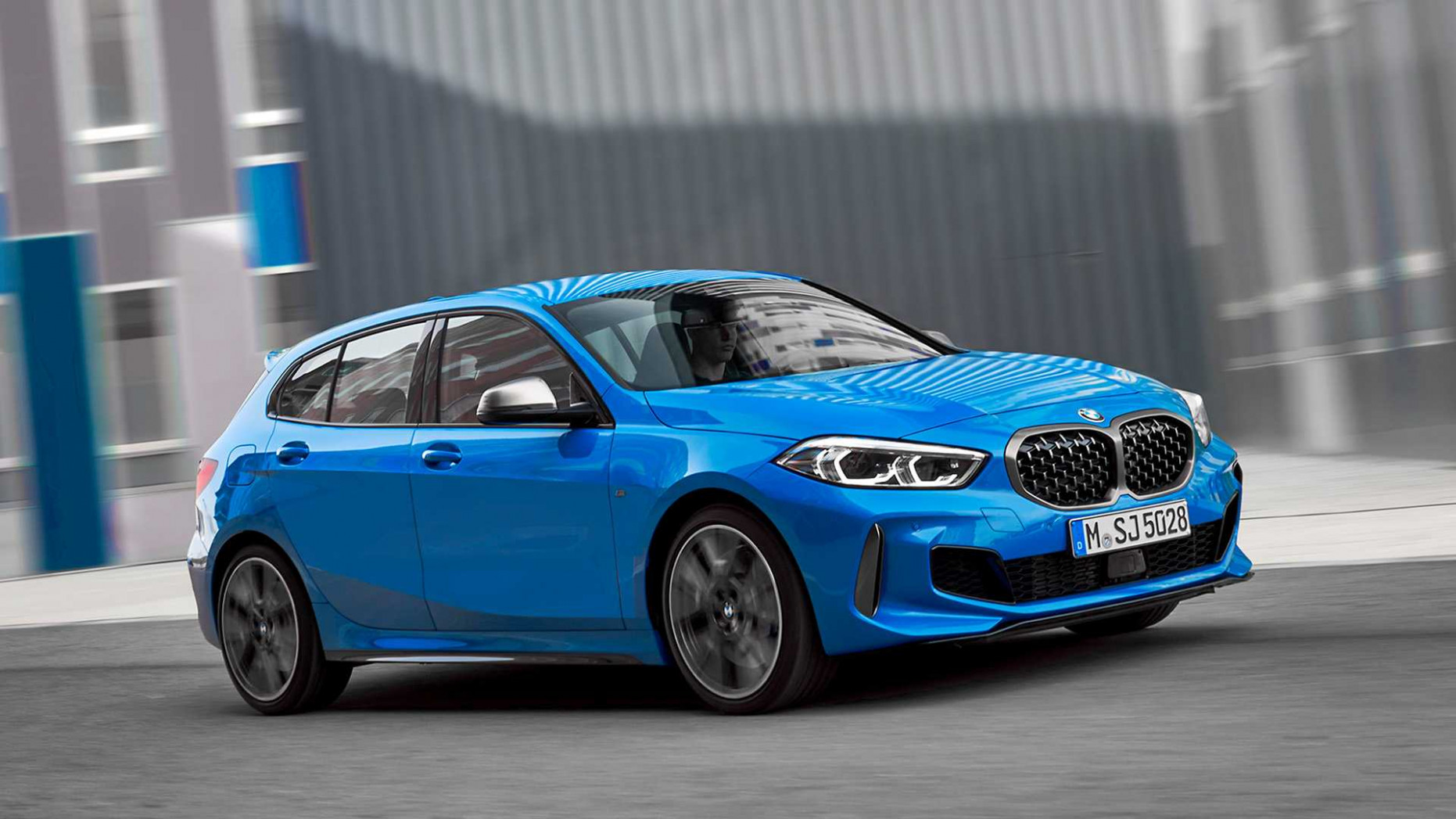 6 BMW 6 Series Hatchback Debuts With 6.6-liter Turbo Engine In ..