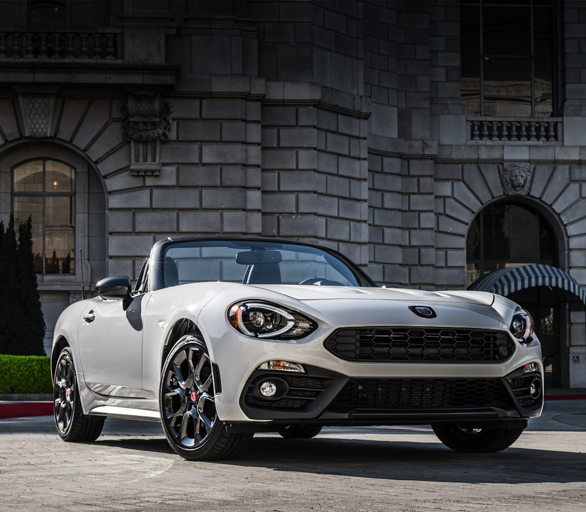 6 FIAT 6 Spider, Convertible Sports Car | FIAT Canada