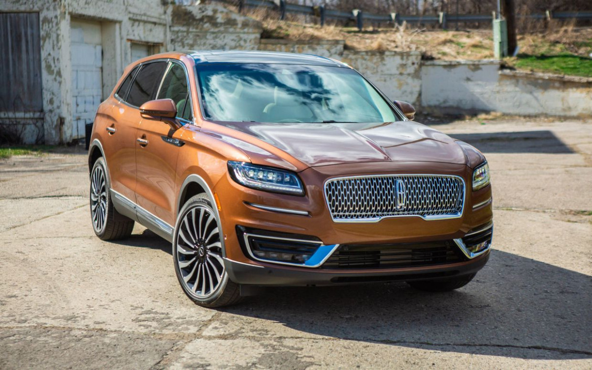 6 Lincoln Nautilus reviews, news, pictures, and video - Roadshow | 2020 Lincolns