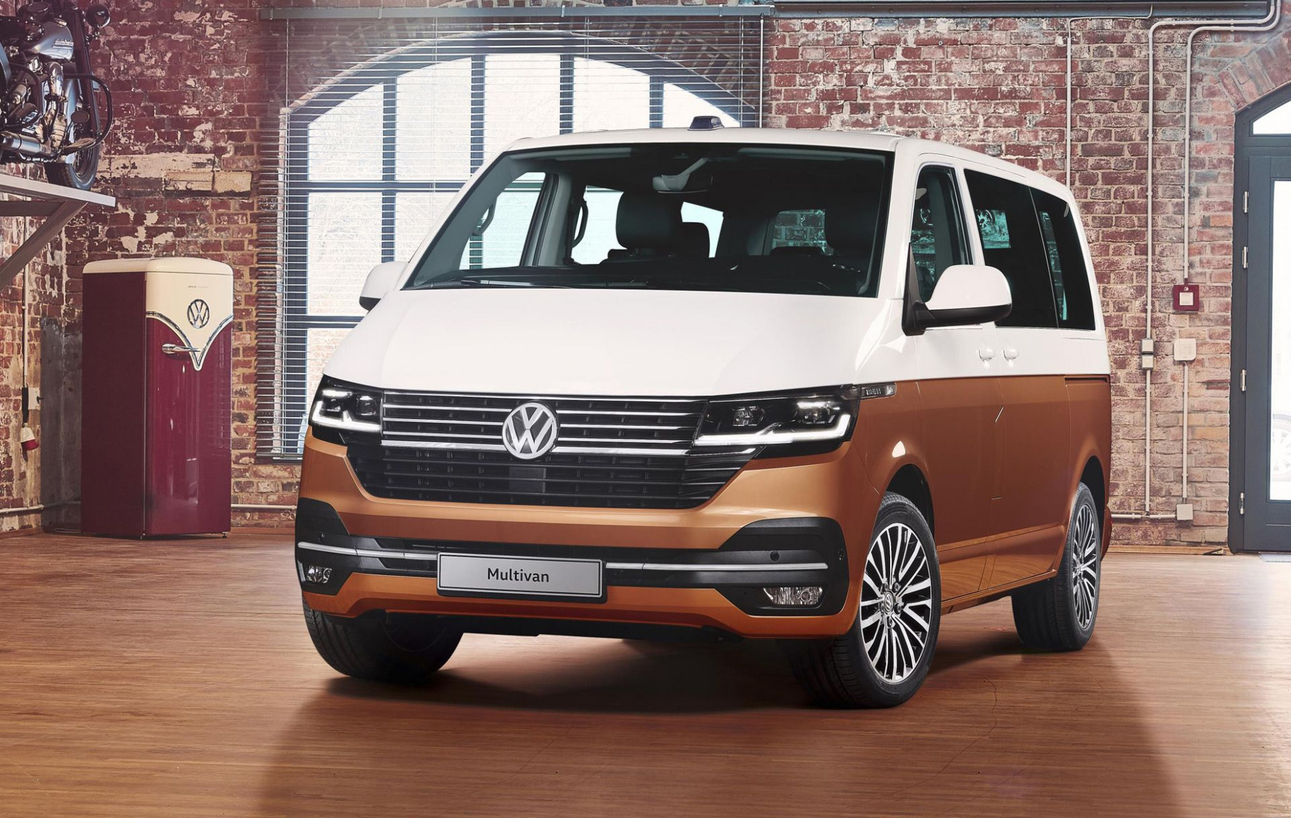 6 Volkswagen Transporter (T6.6) is the Bus we won't see ...