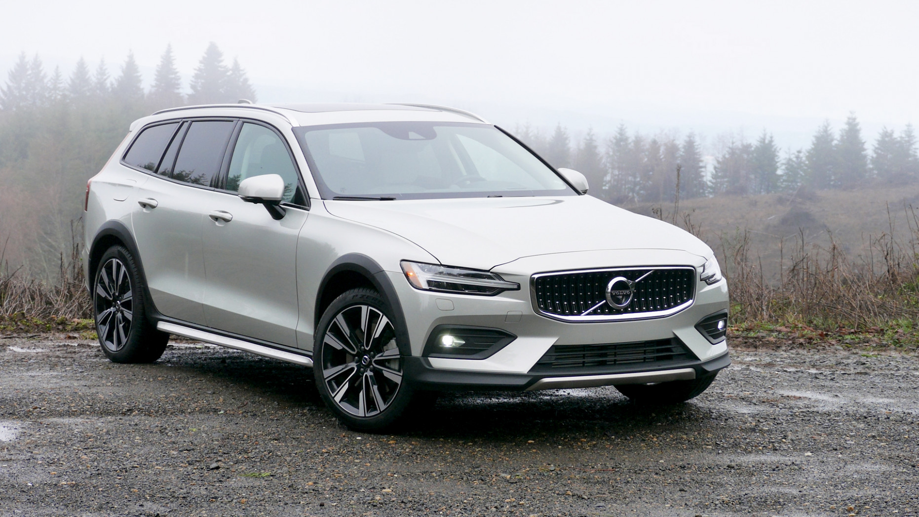 6 Volvo V6 Cross Country T6 Review | Styling, interior, engine ..