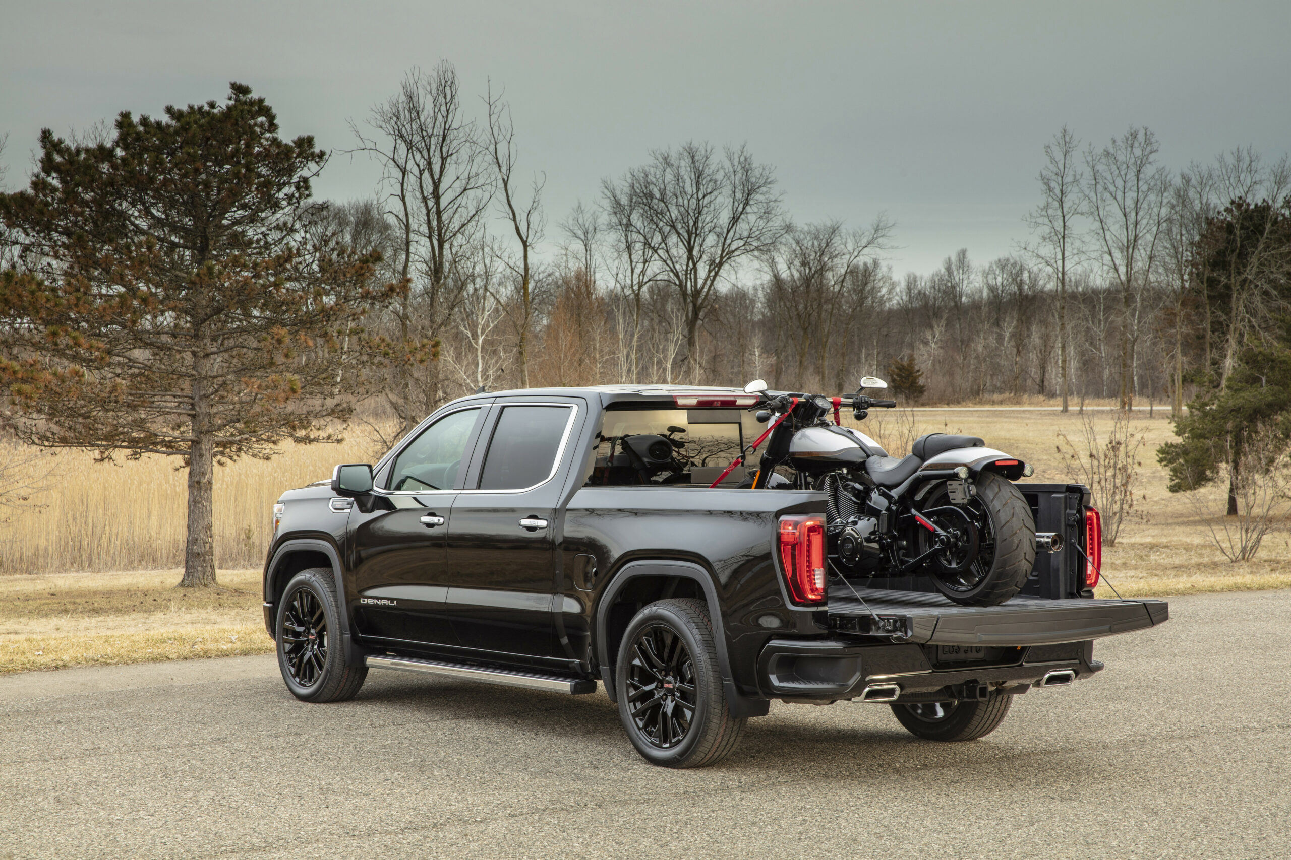 GMC Innovation Continues with 4 Sierra 4 | 2020 GMC Build