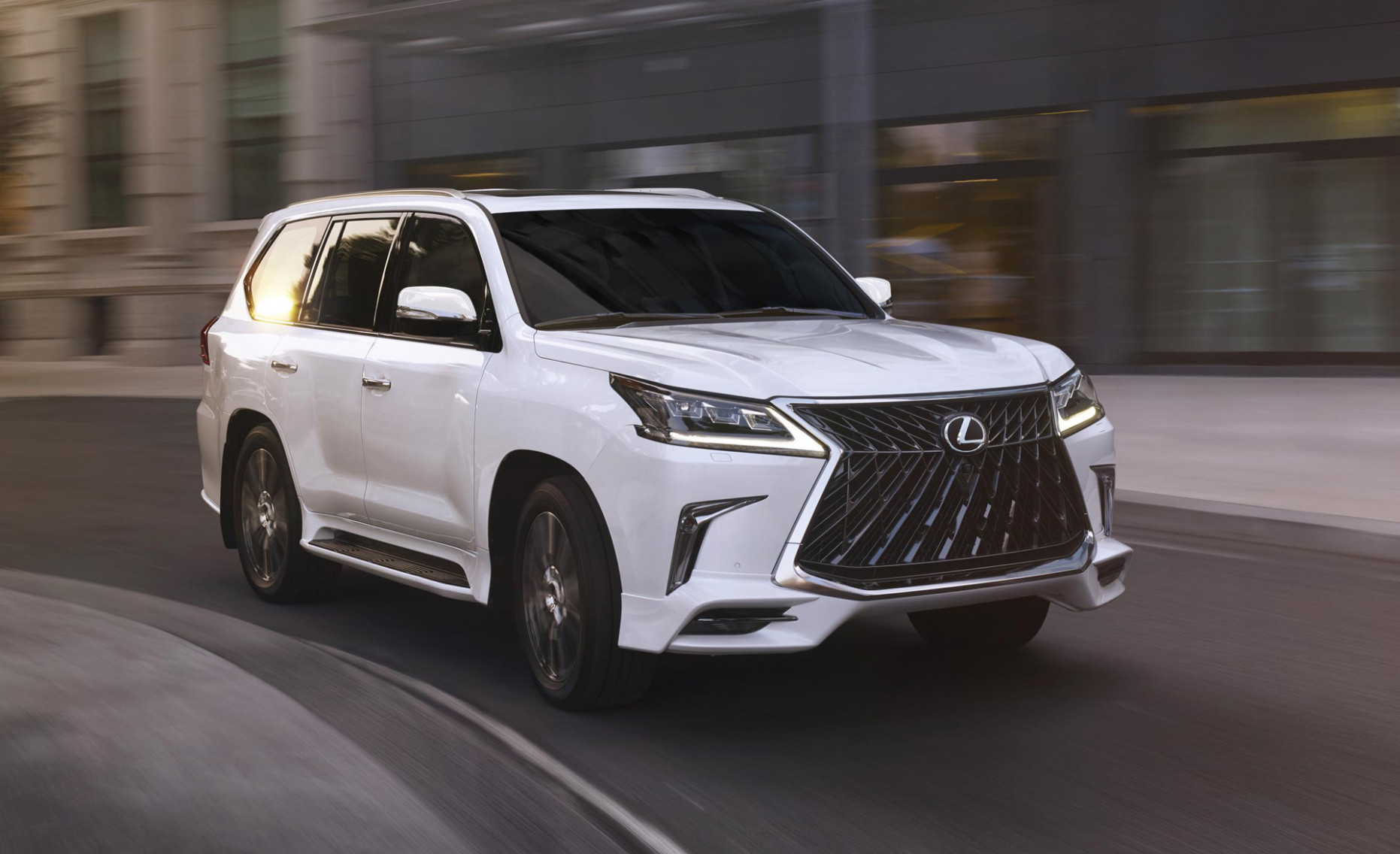 LX4 trademark may point to new engine for Lexus LX | 2020 Lexus Availability
