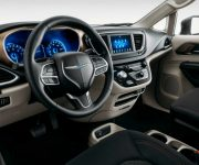 2020 Chrysler Town And Country Van