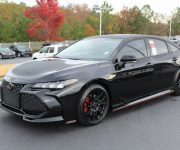 2020 Toyota Avalon Black