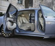 2020 Lincoln With Kissing Doors